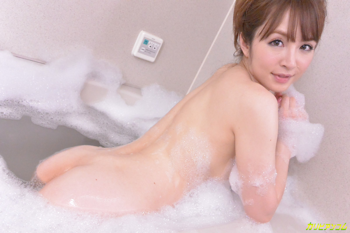 THE 未公開 ~大橋未久の浴室オナニー~
