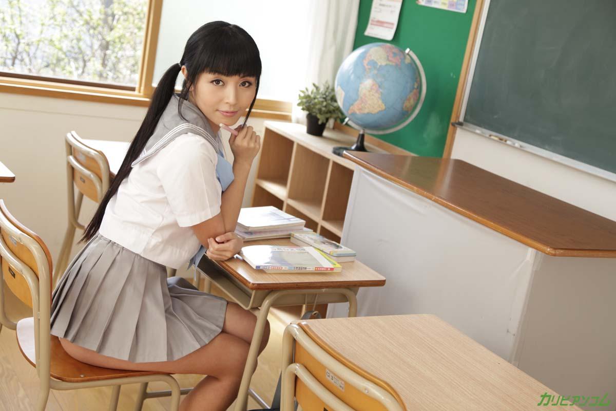 何度もイった放課後の机の上でもう一度